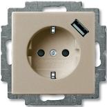 2011-0-6194 - Розетка электрическая + зарядка USB, безвинтовые клеммы, защитные шторки (шампань)