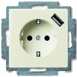 2011-0-6196 - Розетка электрическая + зарядка USB, безвинтовые клеммы, защитные шторки (шале-белая)