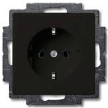 2011-0-6142 - Розетка с заземлением с безвинтовыми зажимами ABB Basic 55, (шато-черная)