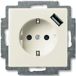 2011-0-6192 - Розетка электрическая + зарядка USB, безвинтовые клеммы, защитные шторки (слоновая кость)