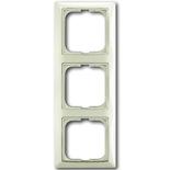1725-0-1513 - Трехместная рамка с декоративной накладкой ABB Basic 55 (шале-белая)