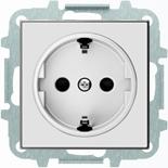 8188.6+2CLA858800A2101 - Розетка электрическая SCHUKO с заземлением и защитными шторками, автоматические клеммы, 16А/250В, с накладкой ABB SKY (белое стекло)