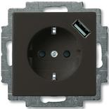2011-0-6195 - Розетка электрическая + зарядка USB, безвинтовые клеммы, защитные шторки (шато-черный)